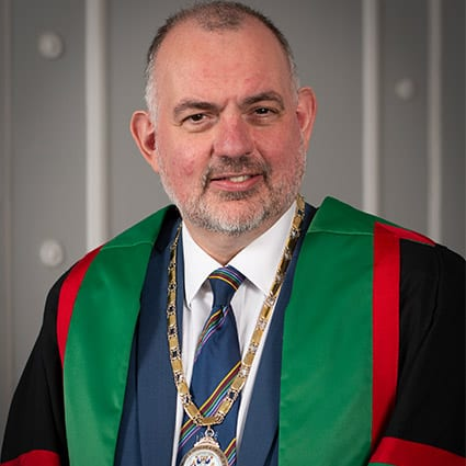 College Vice President receives Dental Surgery Honorary Fellowship